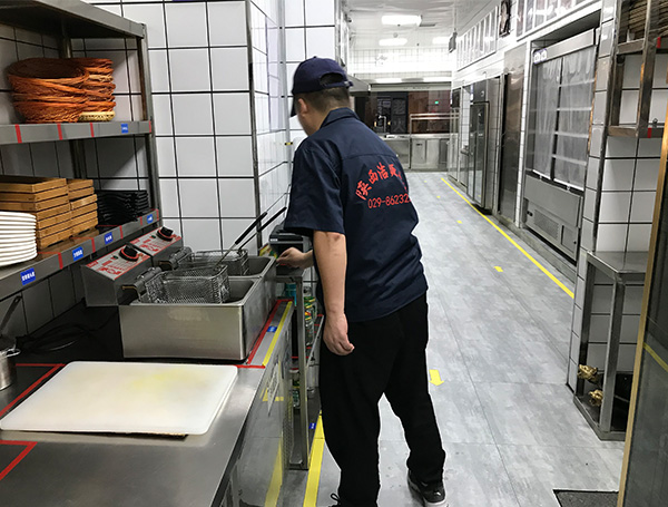西安厨房蟑螂处理